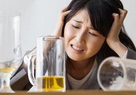 「酒は百薬の長」? 1日4杯以上は「脳内出血」が約1.6倍、「くも膜下出血」が約1.8倍の発症リスク