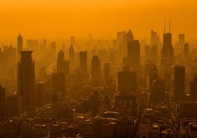 中国、「世界の工場」の終わりの始まりの兆候…日本企業、中国生産「撤退」局面突入か