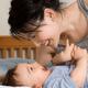 深刻な赤ちゃんの夜泣きを、一発でなくす方法? カギは「手抜き」?