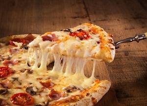 数時間待ちで「地獄絵図」のドミノ・ピザ、頑なに原因説明拒否&他社に対応丸投げの謎