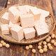 スーパーの激安豆腐、なぜ味スカスカでただの白い塊?うまい豆腐は成分表示&消費期限から見抜ける!