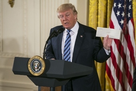 トランプ政権の2つの顔…最強ドリームチームで「損得勘定主義」鮮明に 「米国第一」でTPP復活も