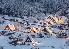 東京から4時間、「美しすぎる」小さな集落に、なぜ欧米人殺到?高山市の緻密な観光戦略
