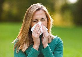 花粉症の症状を軽減する食べ物はこれだ!ヨーグルト、生姜、トマト、玉ねぎ