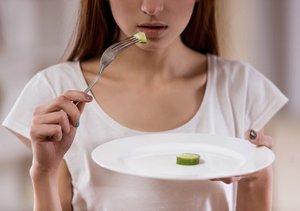 無責任で間違ったカロリー制限&栄養制限ダイエット法が寿命を縮める!