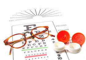 コンタクト、手入れが雑だと失明の危険も…メガネからイメチェンする際は要注意!