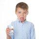 水素水は「ただの水」?がん予防もダイエット効果もなし!不当表示で国が異例の警告