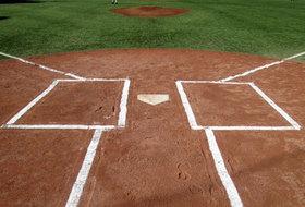 高校野球吉田輝星「日本ハム」ドラフト交渉権も「指名少なく」......甲子園「投げすぎ」と「ハンカチ2世」の影?