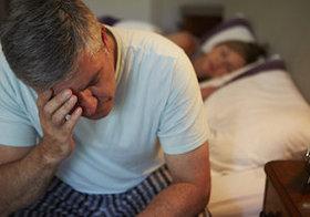 眠りたいのに眠れない…つらい「不眠症」を招く遺伝子を発見!DHAで改善できる?
