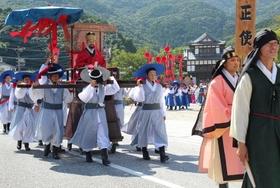 韓国人急増で共存共栄図る「国境の島」、消滅危機との戦い…島民は減少