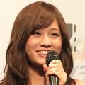 妊娠報道も出た前田敦子、結婚披露宴中継めぐりテレビ各局が争奪戦か