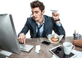 やる気ない社員、全社員の7割との衝撃調査…やる気ある社員、全社員のたった6%