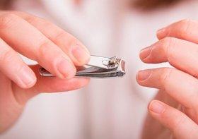 間違いだらけの爪の切り方は危険…激痛の陥入爪の恐れ、短く切りすぎは絶対NG