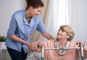 脳出血で要介護4になった私が、老人ホームではなく自宅生活を選択・実践する理由