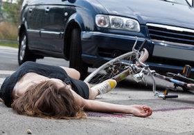 自転車保険の加入が義務化…小学生が高齢者をはね賠償金9500万円
