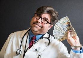 金儲けのために、不必要な手術で患者を苦しめる医師たち?がん、ポリープ…医師が実態を報告