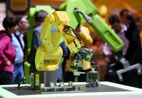 製造業の給与ランキング50…1位は年収1318万円、サマンサタバサは313万円