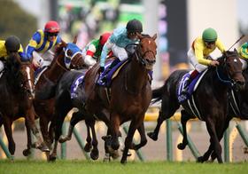 天皇賞、大人気のキタサンブラックの状態は…超豪華メンバー集結のレースを読み解く!