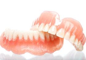若くして入れ歯、うつになる人も…「入れ歯=悪い」は完全に間違い!十分な咀嚼で全身健康