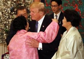 韓国、トランプ訪韓を反日アピールに利用し国際社会で嘲笑の的…元慰安婦招待で米国の顔に泥塗る