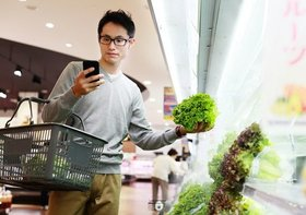 ひたすら自宅で自炊する34歳以下男性たち…モノも買わず外にも出ず:衝撃的動向が判明