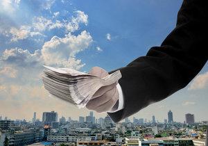 パナソニックを手玉に取った香港系ファンドの次の「獲物」