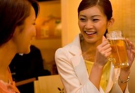 泥酔した女性を善意で介抱してセクハラ認定…「セクハラ冤罪」で突然に人生破滅する男性激増
