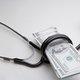 支払った医療費分だけ税金負担を安くする方法! 病院のレシートは絶対に保管!