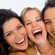 無理やり笑顔&背筋伸ばし、イライラや気分の落ち込みを解消…体の動作が脳を支配