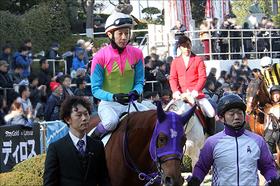 武豊が「選ぶ」は大器グレイルか、名牝の仔ジャンダルムか......天才騎手を最後まで悩ませた12年前の「数奇な運命」と「皮肉な結果」