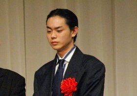 菅田将暉、父親が暴露本出版で事務所が困惑…知られざるデビューの秘密