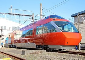 小田急線、一大ダイヤ改正に数々の疑問…混雑解消&速度アップは限定的?改悪の駅も?