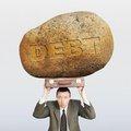債務残高対GDP、25年後に350%超となる確率は約43%