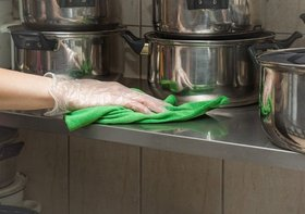 国、小規模飲食店に全調理工程の衛生対策の記録義務化…現実無視で閉店続出か