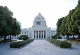 自民党議員、元山口組系組員を国会議事堂内に入館させ案内か