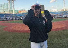 稲村亜美が始球式で取り囲まれる騒動、「多感な年頃の男子だから…」で済ませられない理由