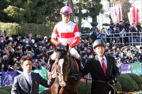 JRA川田将雅騎手「人気馬16連敗」「イライラ爆発」で周囲も戦々恐々......「ドン詰まり」プラスでリーディング争いもライバル騎手に交わされて