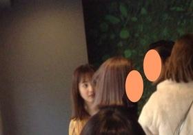 激写!妊娠発表の佐々木希、イケメン男性と「お忍び密会ごはん」?