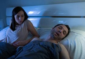 中高年を襲う危険な睡眠時無呼吸症候群…いびきや倦怠感、脳卒中やうつなどの合併症も