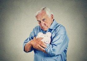 毎月多額の銀行口座引き落とし…シニアは今こそ「おカネの断捨離」で無駄な出費撲滅!