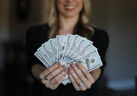得意なことで年収プラス60万円 自分にあった副業の見つけ方とは?