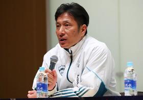 日本中で日本大への批判氾濫…アメフト悪質タックル「不誠実対応」に青学の原監督が持論