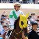 JRA蛯名正義騎手「1番人気惨敗」で八つ当たり!? 北村宏司騎手に文句タラタラも「不利を受ける場所にいるのが問題」?