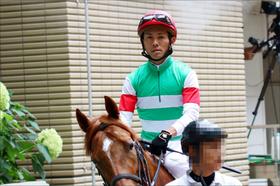 JRA戸崎圭太騎手「8月4勝」の大不振! リーディング争いC.ルメール騎手と「50勝差」に目標見失い......