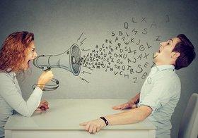 職場の足を引っ張る人に共通の「話し方」「口癖」