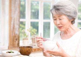 高齢者1245人の追跡調査で判明、長寿命の人に共通の「食事法」