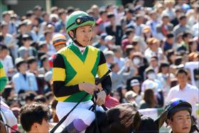 武豊「若手へ指摘」騎乗フォームはきれいだが......外国人騎手全盛の中、奮起を期待