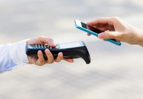安倍政権の「キャッシュレス決済比率4割」政策への違和感…消費者が享受する「メリット」