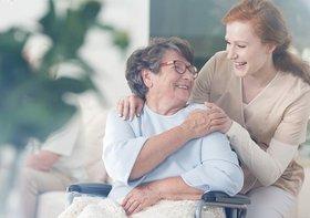母の介護で泥沼だった私が、母を施設に入れて見つけた「介護はプロに任せる」という答え
