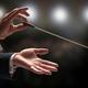 オーケストラのプロの指揮者になる方法は、指揮者自身もよくわからない?
